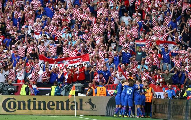 Kroacia mëson rivalin
