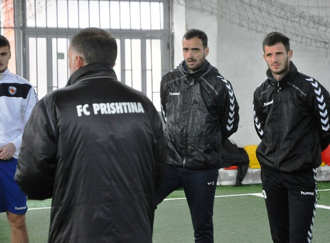 Curri do titullin, Prishtina nis përgatitjet