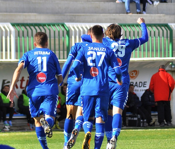 Prishtina rikthen lidershipin me fitore