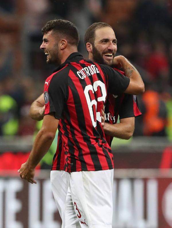 Milan kualifikohet edhe me humbje, por…