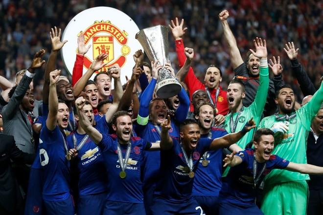 Manchester United kampion në Europa League