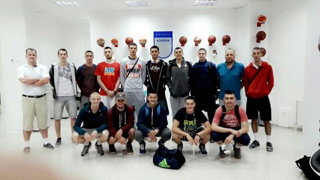 Kosova U18 niset drejt Qipros
