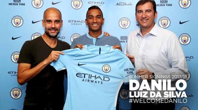 Danilo zyrtarizohet te City
