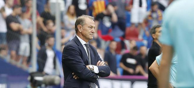 De Biasi sjell fitoren e parë të sezonit te Alavesi