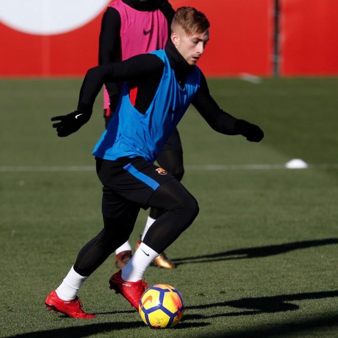 Watford blen lojtarin e Barcelonës