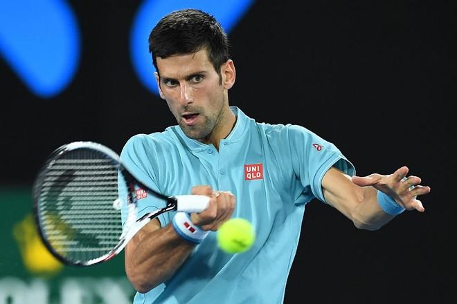 Djokovic e nis me fitore ndaj Verdascos
