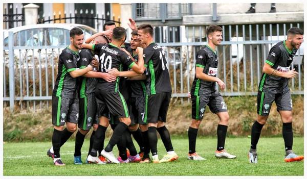 Milicaj hat-trick, Përgjokaj debuton me fitore