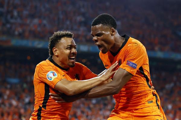 Holanda bindëse, siguron të tetën e finales