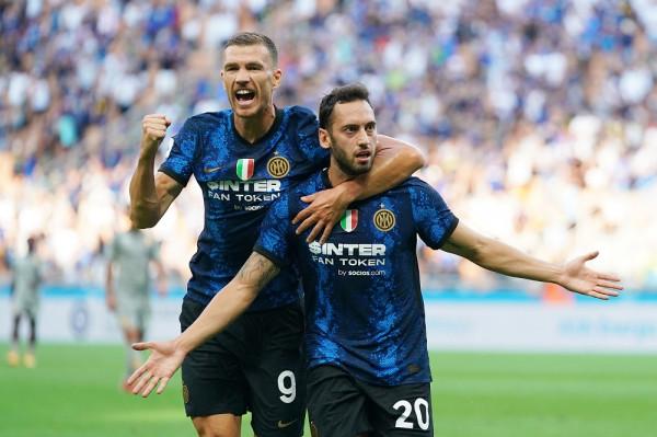 Hakan dhe Dzeko debutojnë me gol e asist në fitore