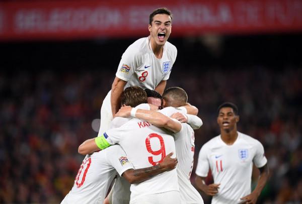 E para në 15 vite, Anglia 'shtyen' kualifikimin e Spanjës