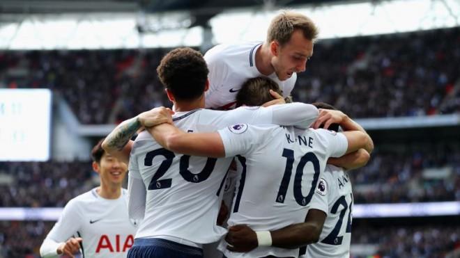 Kane shkëlqen, Spurs shkatërron Liverpoolin