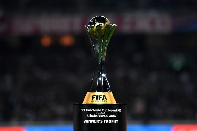 Titujt ndërkombëtar, Reali kalon Barcelonën