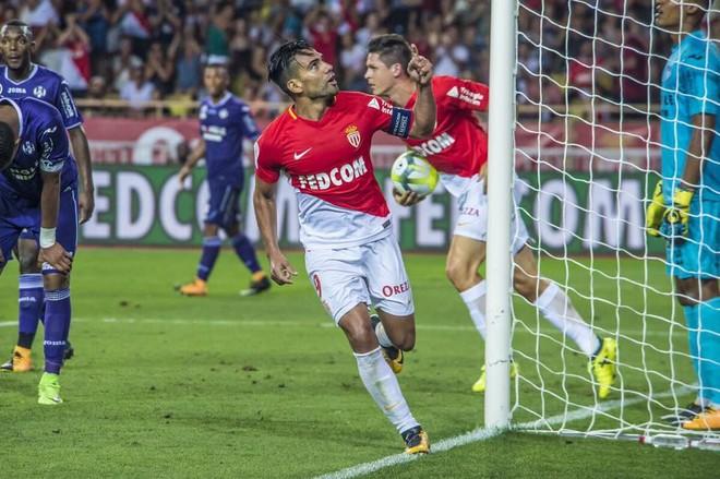 Monaco trondit Marseille'in