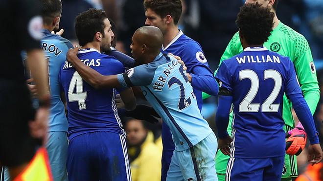 City dhe Chelsea në disciplinore
