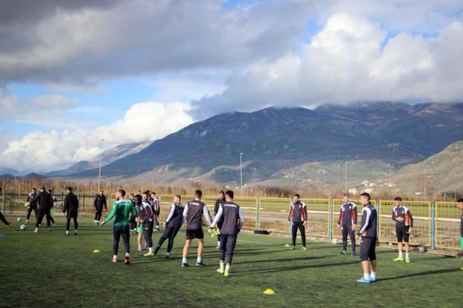 Vazhdojnë stërvitjet e Feronikelit në Budvë