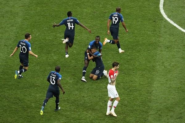 FIFA pritet të zbardh listën me kalkulimin e ri