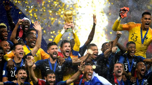 Franca s'fal në sulm, merr titullin e Botës