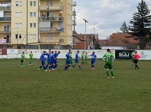 Fushë Kosova lidere, fiton dhe reagon ndaj presionit e sulmit