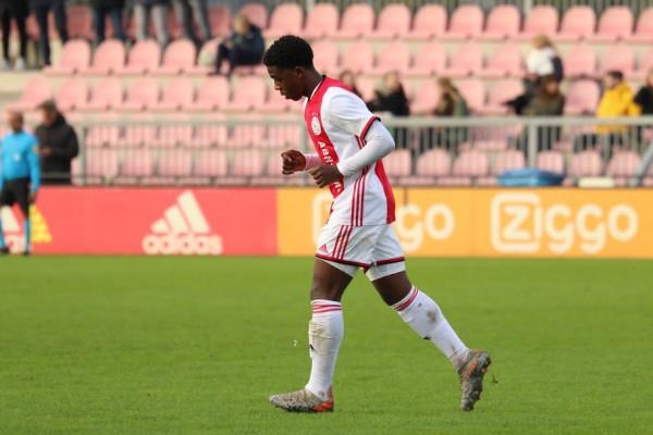 Shumë ekipe pas talentit të Ajaxit