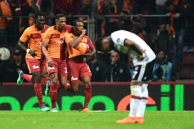 Galatasaray fiton derbin dhe ruan kreun