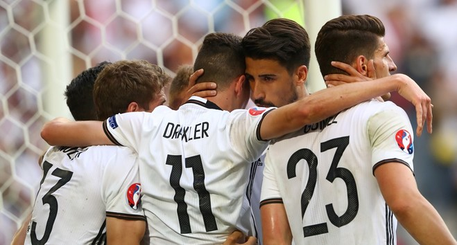 Gjermania e pamëshirshme ndaj Sllovakisë