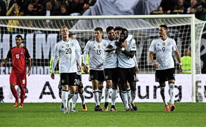 Gjermania thyen rekordin e Spanjës