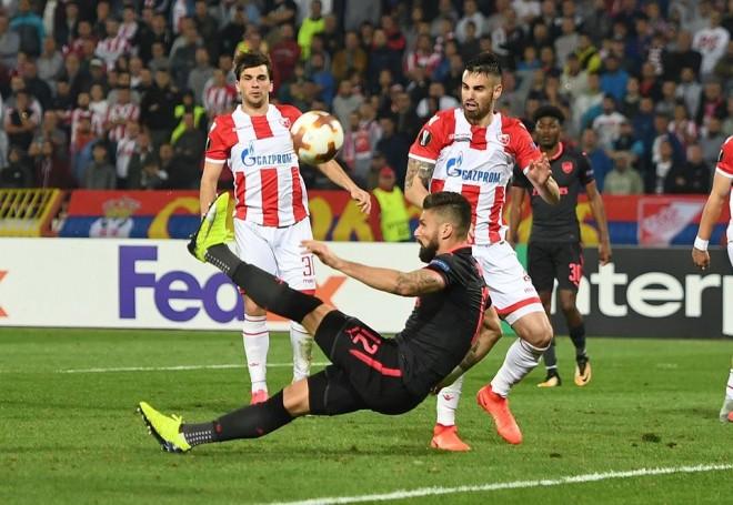 Giroud me gërshërë sjell fitoren e Arsenalit
