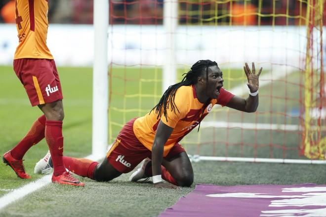 Galatasaray fiton dhe merr kreun