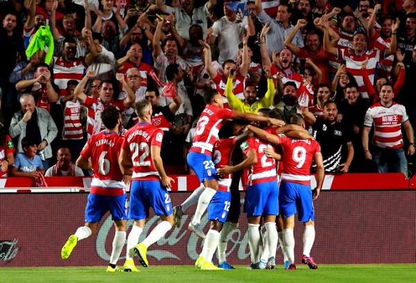 Barcelona pëson përsëri, nga liderja Granada