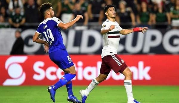Meksika me penallti në vazhdime siguron finalen