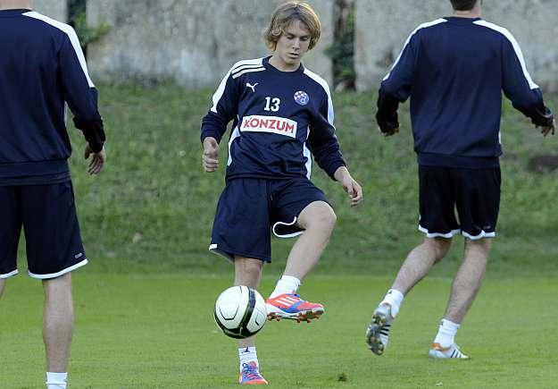 Talenti kroat prezentohet te Milani