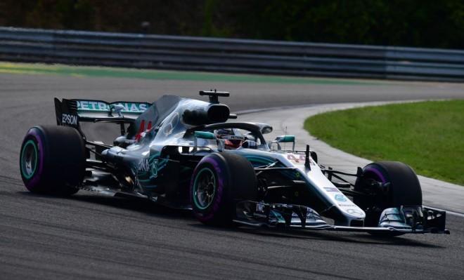 Lewis Hamilton triumfon në Hungari