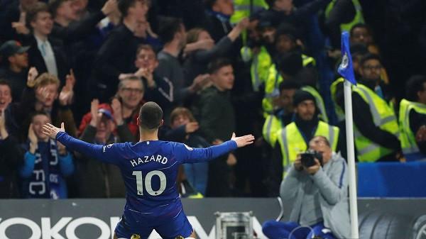 Hazard superior, Chelsea i treti
