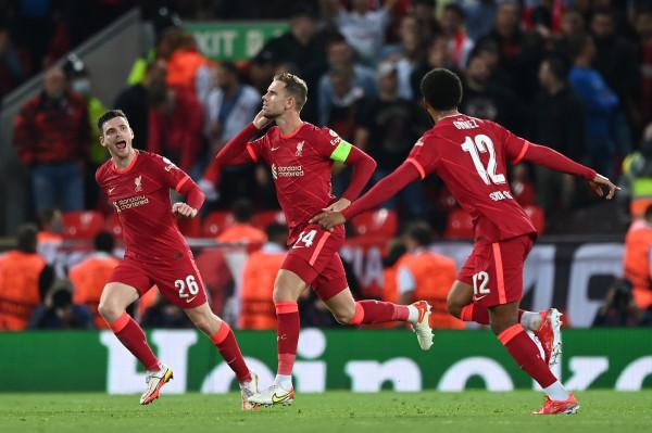 Dy përmbysje e pesë gola, klasikja i takon Liverpoolit