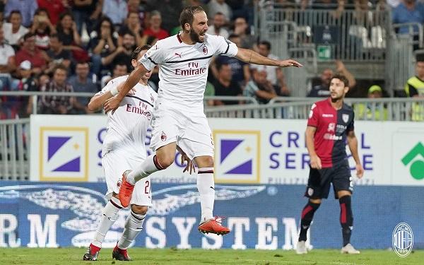 Higuain shpëton Milanin