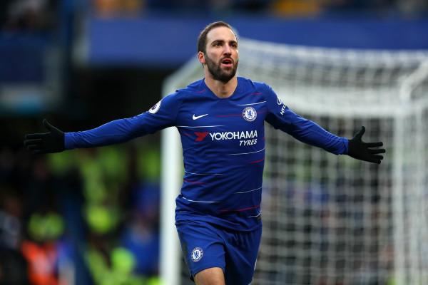Higuain gjen golin, Chelsea fitoren