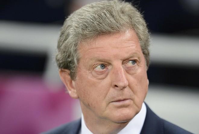 Hodgson largohet nga Palace, zëvendësues ish-mesfushori anglez?