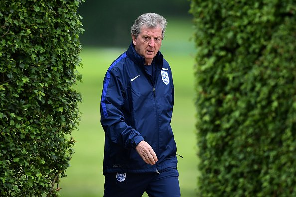 Leicester konfirmon bisedimet joformale me trajnerin potencial