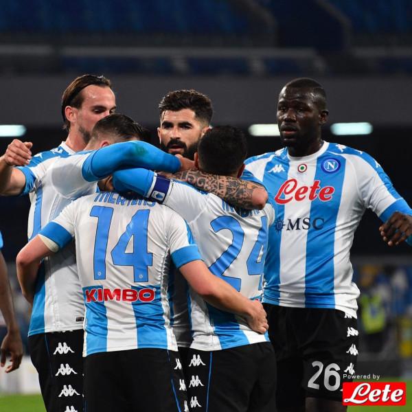 Hysaj asiston, Napoli mposht rivalin direkt