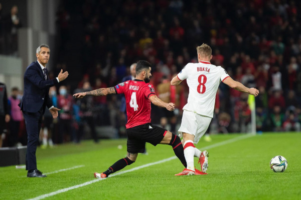 """FIFA reagon ashpër pas incidentit në """"Air Albania"""""""