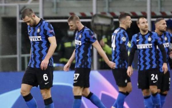 Reali lider, Interi eliminohet nga garat evropiane