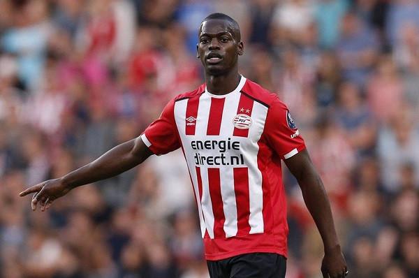 Besiktas siguron mbrojtësin e PSV-së