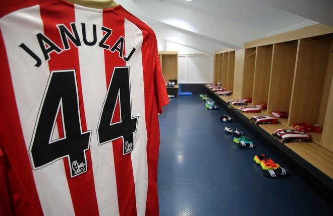 Januzaj titullar kundër Chelseat
