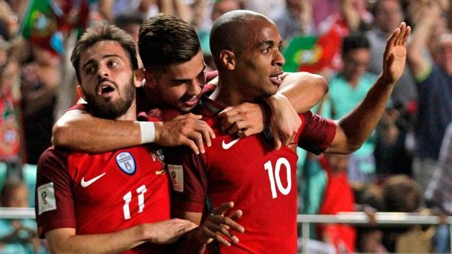 Portugalia fiton duelin vendimtar dhe ecën direkt në Rusi