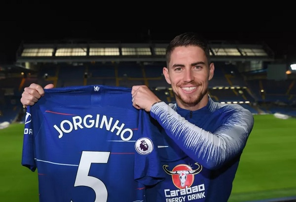 Chelsea zyrtarizon Jorginhon