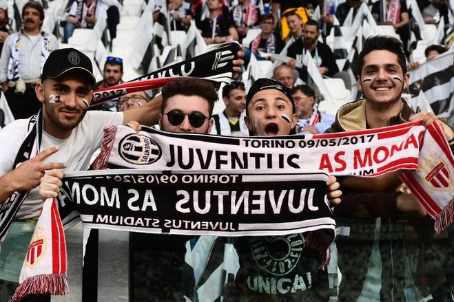 Juve vs. Monaco, publikohen formacionet