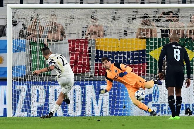 Juventusi mbron nderin e Italisë