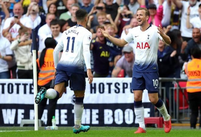 Kane thyen mallkimin e gushtit, Spurs përsëri fiton