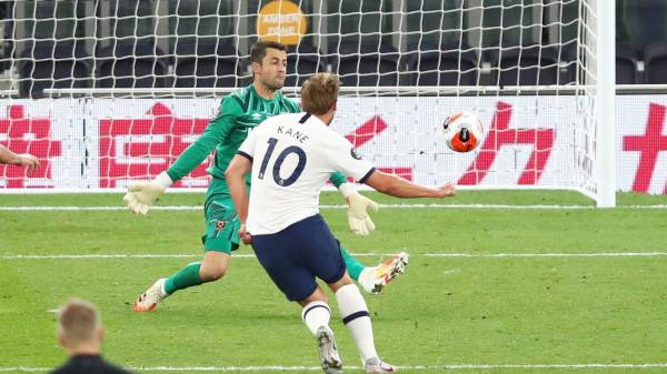 Kane i jep shpresa për ngritje Tottenhamit