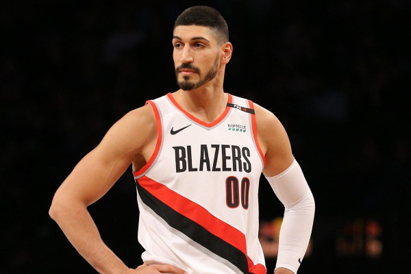 Enes Kanter drejt Boston Celticsit